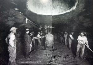1925. Scavi di fondazioni industriali