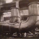 1925. Una tubatura della centrale termoelettrica della SADE