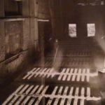 Porto Marghera, Montevecchio, una colata di zinco, 1940 ca [n.00002812, Archivio Resini]